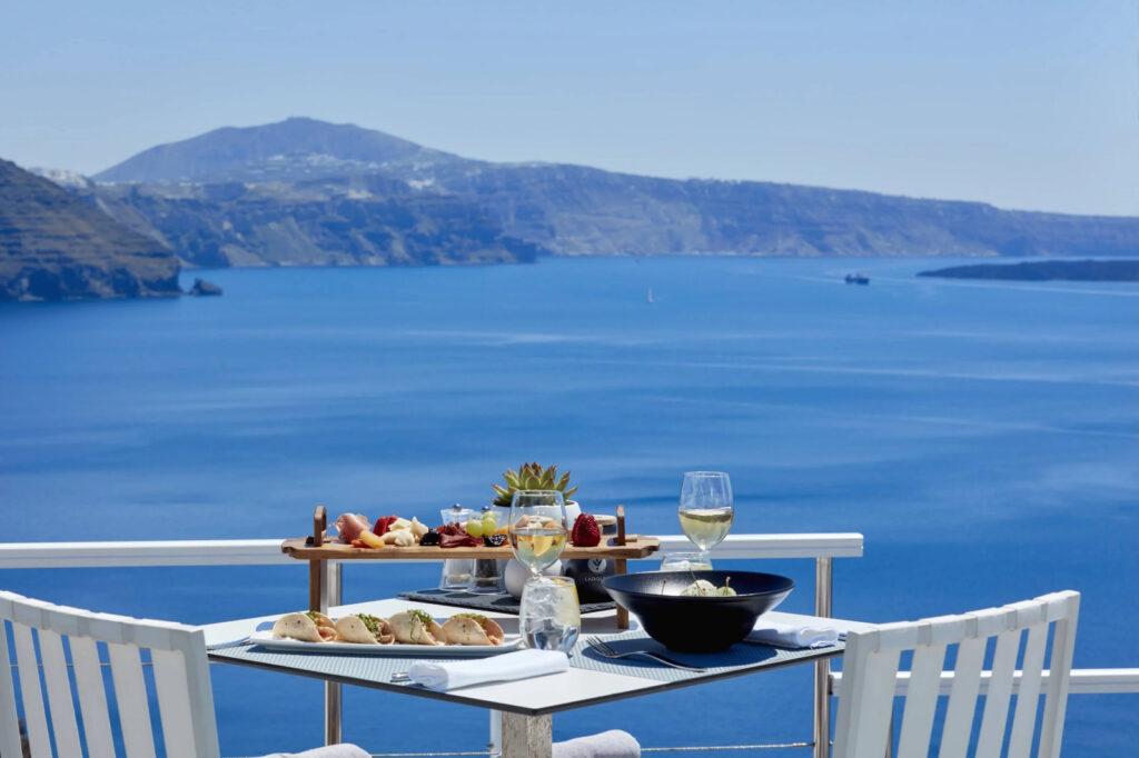 Canaves-Oia-Hotel-Santorini-Gastronomia