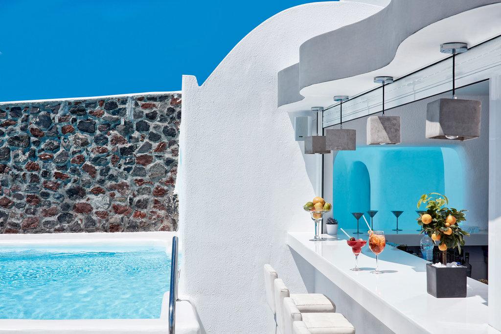 Canaves-Oia-Hotel-Santorini-Infinity-Restaurant