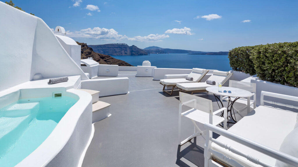 Canaves-Oia-Hotel-Boutique-Hotel-Santorini-Grand-Suite